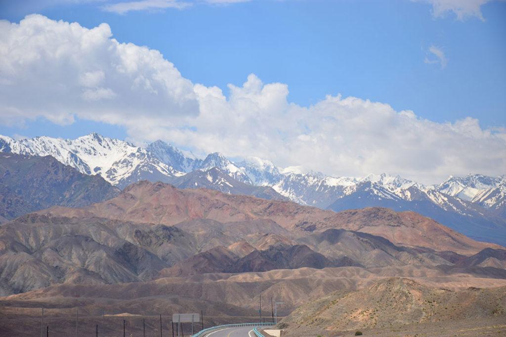 Kyrgyzstan_IrkeshtamBorderCross1-1024x682