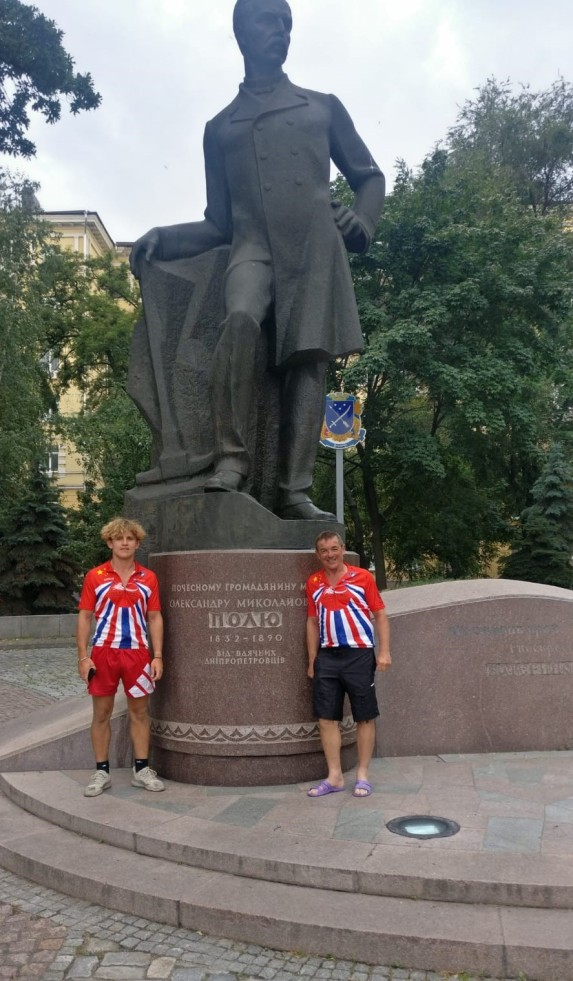 Linford and Dale, sightseeing in Dnipro, Ukraine