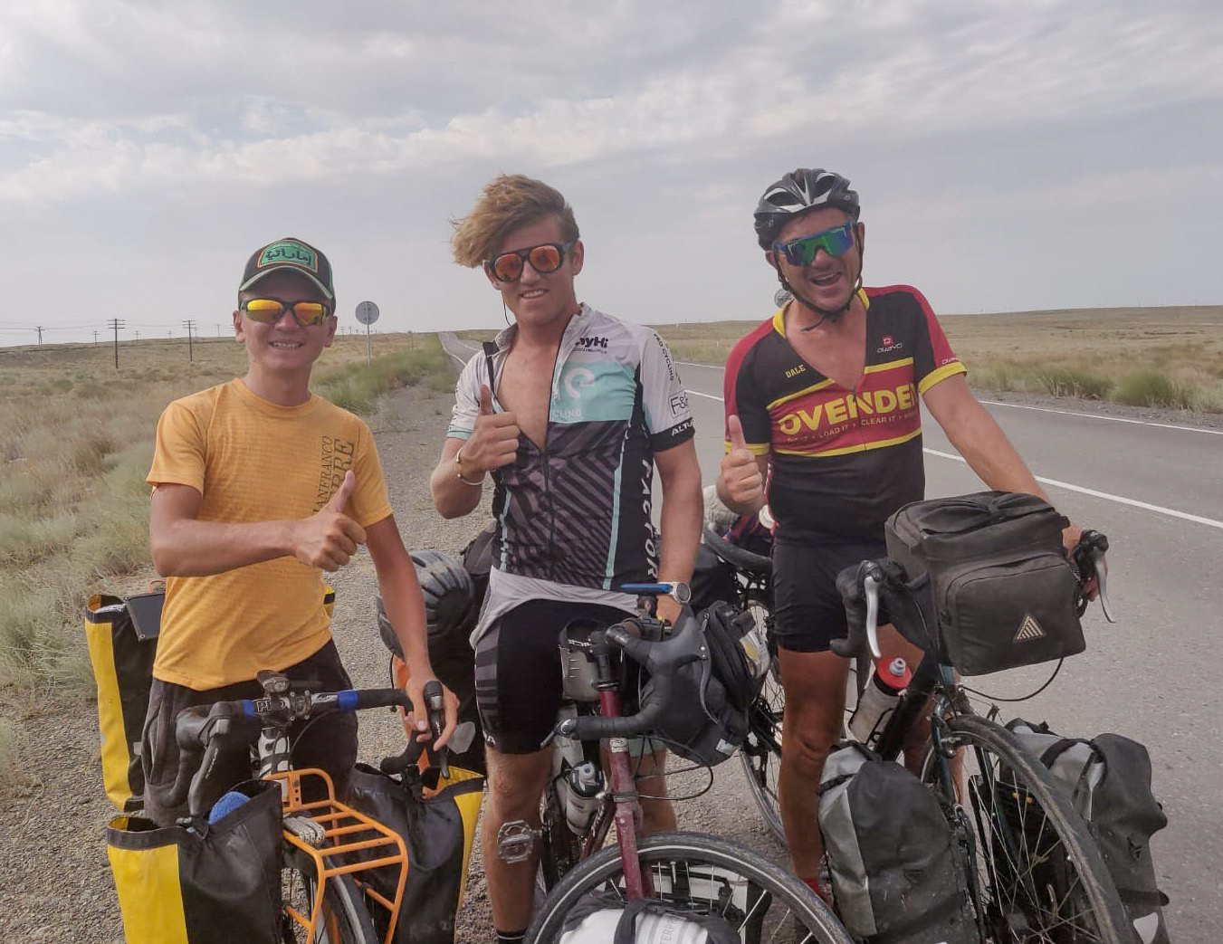 LInford and Dale meet a fellow cycle-tourist from Belarus