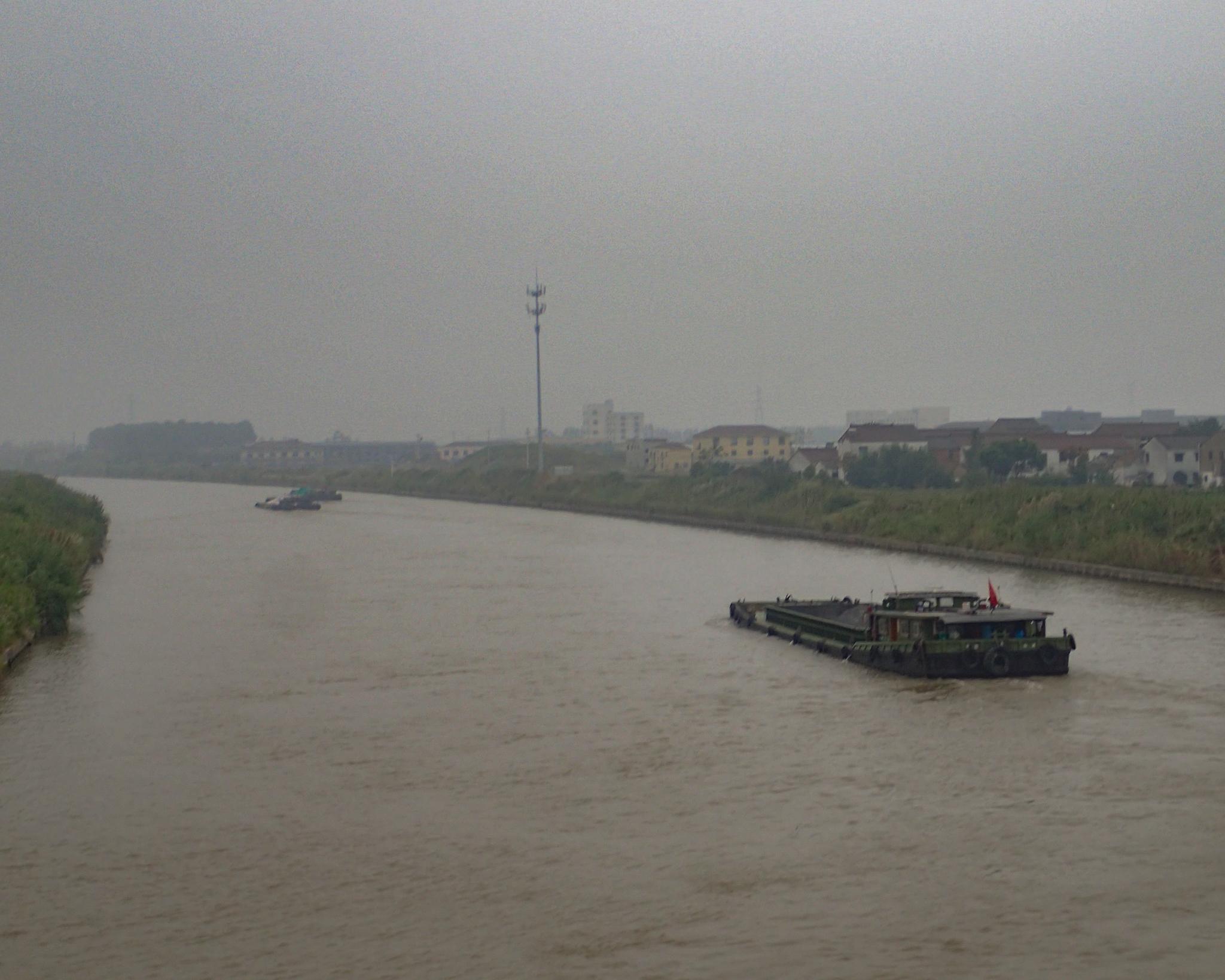 Barge on the Yangtze river