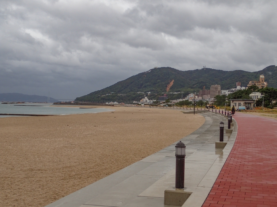 Cycle-path along the coast