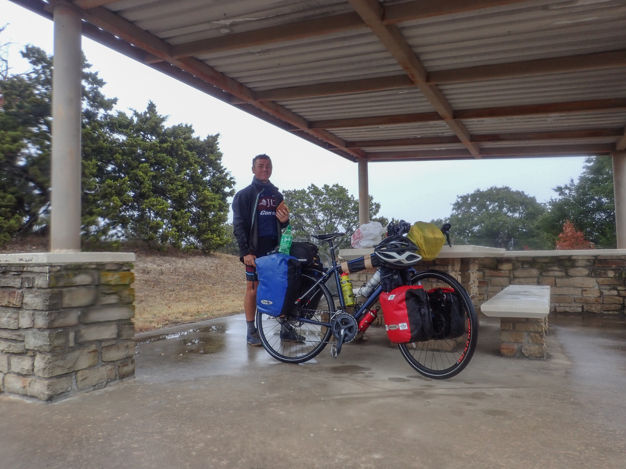 Rainy weather pit-stop, Texas