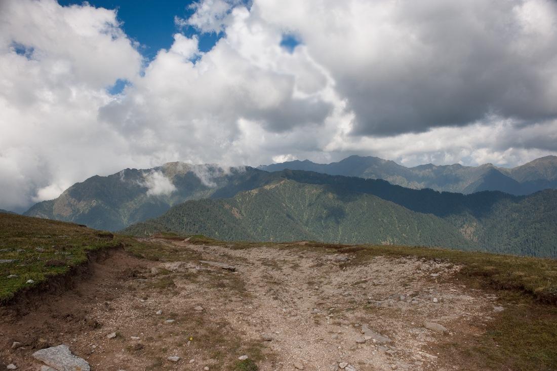 On the trail to Panwati Kanta, Uttarakhand, India. Trek Day 10
