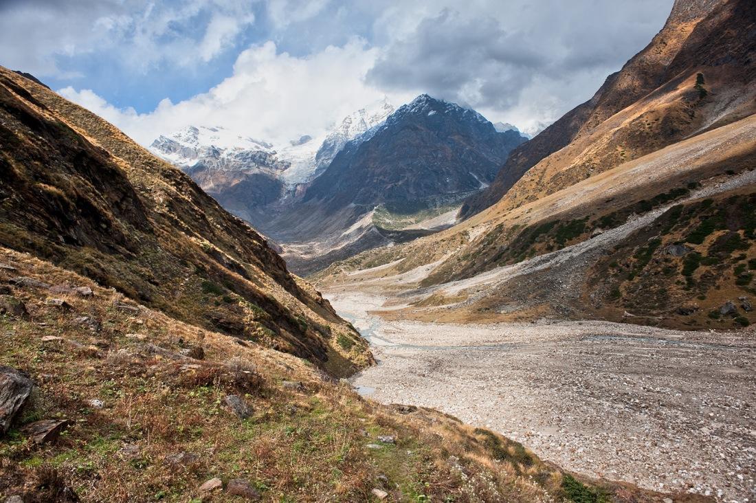 On the trail to Chauki, Uttarakhand, India. Trek Day 19